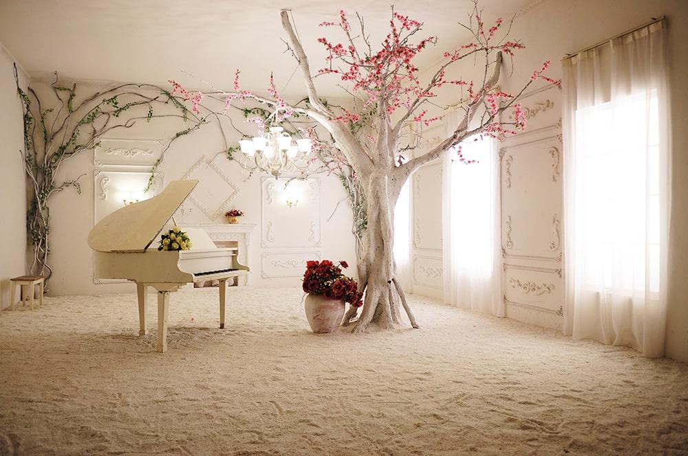фотообои рояль и дерево объявления продаже